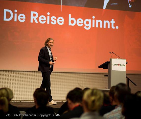 Die Reise beginnt - Foto Felix Pitscheneder, Copyright GEMA